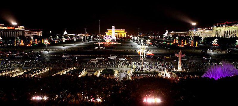 taxi to the tiananmen square at night , car rental with english driver, cab